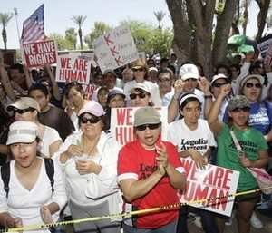 Immigration law protest in Arizona (AP)