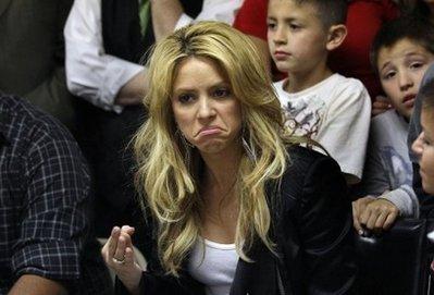 Latin pop star Shakira protests Arizona immigration law (AFP)