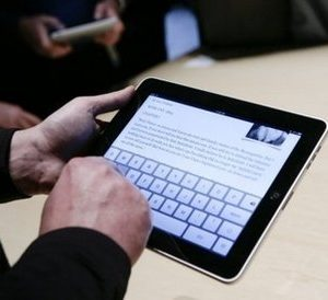 Apple's i-Pad: a good idea with bad consequences? (AFP)