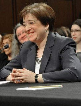 Kagan nomination clears Senate panel