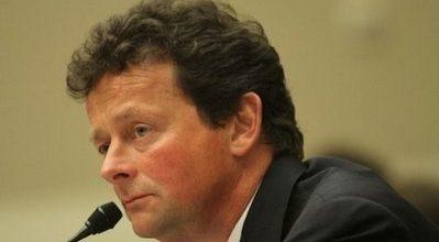 Embattled BP boss steps down