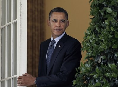 Obama ramps up fundraising