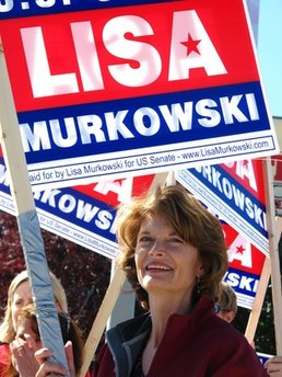 Murkowski in jeopardy as incumbents win elsewhere