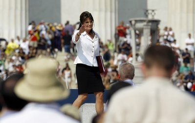 Palin channels King at rally