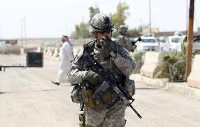 Obama sends more troops into Iraq