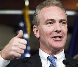 Democrats gamble big bucks on close races
