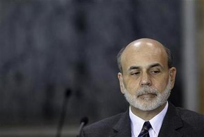 Bernanke says economy may be hitting stride