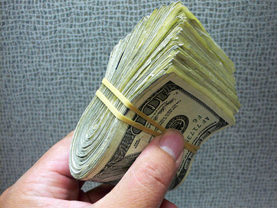Three in 10 Americans lie about money