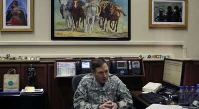 Petraeus will try to sell Afghan war to skeptical Congress