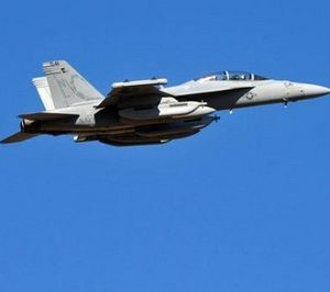 American F18 heads for Libya (AFP)