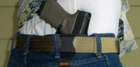 Arizona passes law allowing guns on campuses