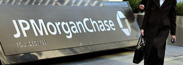 Drop in defaults helps JPMorgan Chase