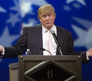 Real estate magnate and television personality Donald Trump speaks to a group of Republican organizations at the Treasure Island hotel and casino in Las Vegas, Nevada April 28, 2011. REUTERS/Las Vegas Sun/Steve Marcus