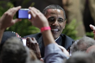 Obama's approval rating hits 60 percent