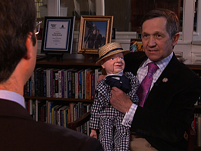 Ohio Congressman Dennis Kucinich and his dummy. Hint: The dummy is the one in the center)