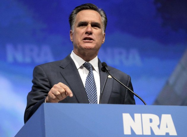 Romney vows to protect gun owners