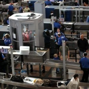 Airport security in U.S. (AFP Photo/John Moore)