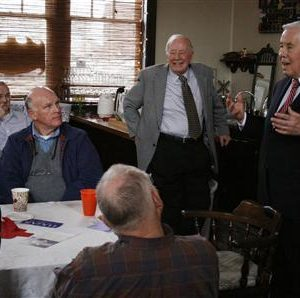 Senator Dick Lugar of Indiana addresses supporters in a cafe in Crawfordsville, Indiana. (REUTERS/Nick Carey)