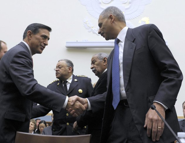 Holder proposes meeting with Issa over failed 'Fast and Furious' gun-running scheme