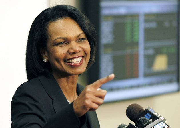 Condi Rice nails Obama on immigration, praises Romney at GOP fundraiser