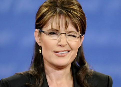 Takes one to know one?  Sarah Palin calls Nancy Pelosi a 'dingbat'