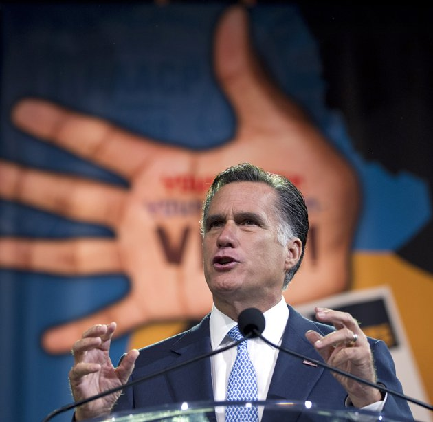 Romney draws boos from NAACP crowd