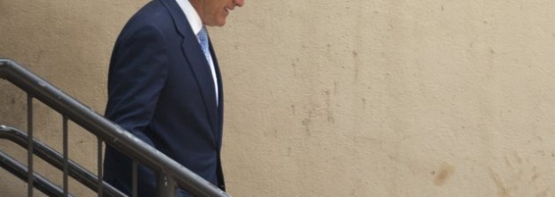 Romney unleashes counter-attack on Obama charges