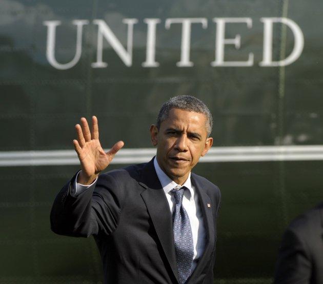 Obama, Romney carpet bomb key states with economic propaganda
