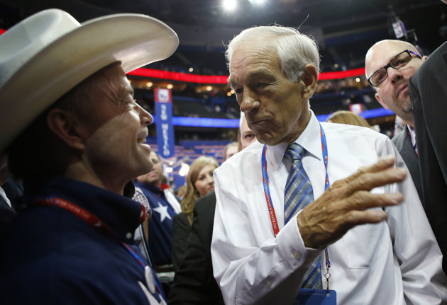 Angry Ron Paul faithful spark brief moment of discord at GOP convention