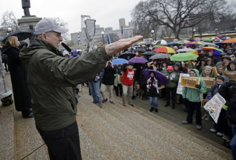 Minnesota Gov. Mark Dayton tells hundreds who turned out to rally at the State Capitol, in St. Paul, Minn. in support of a bill to legalize gay marriage that he hoped legislators will pass this year. (AP Photo/Jim Mone, File)