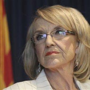 Arizona Governor Jan Brewer . REUTERS/Darryl Webb