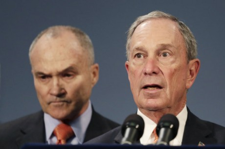 New York City Mayor Michael Bloomberg, right is joined by New York City Police Commissioner Raymond Kelly, left, during a news conference in New York. (AP Photo/Mark Lennihan, File)