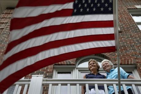 Joan Darrah and Lynne Kennedy (AP Photo)