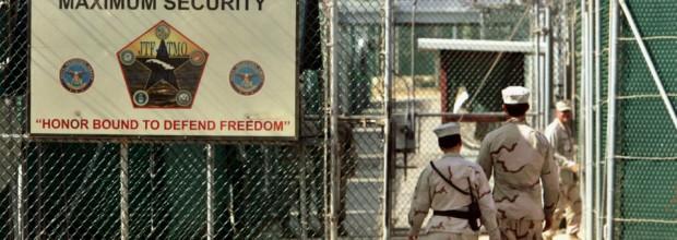 Obama wants to loosen Gitmo transfer rules