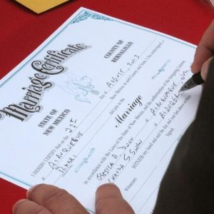 Gay marriage stays in place in Utah (Reuters)