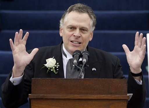 McAuliffe becomes Virginia's new governor