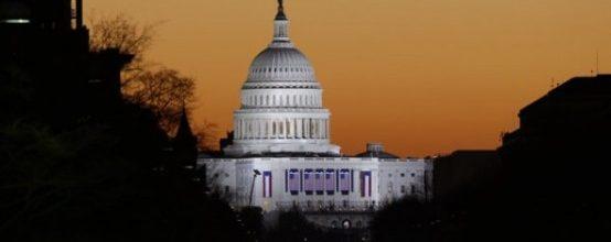 Democrats push House showdown on minimum wage