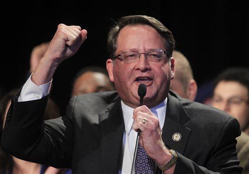 Auto bailout a political issue in Michigan Senate race
