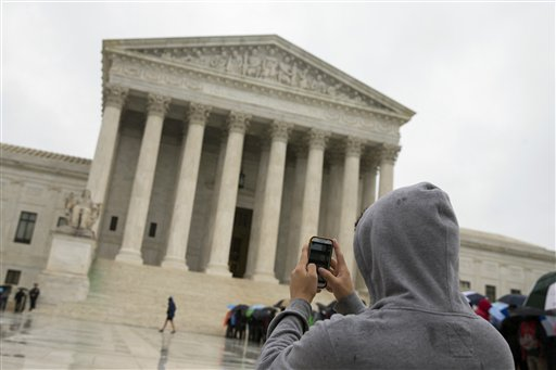 Supremes to cops: Warrant needed to search cell phones