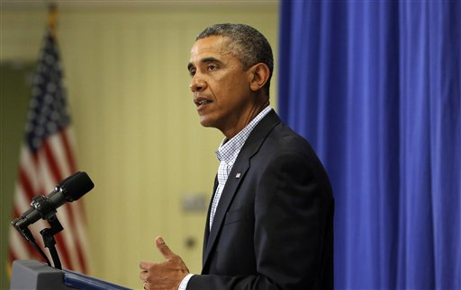 Obama: Airstrikes, humanitarian aid continue in Iraq