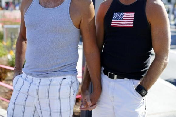 Alabama uses states' rights to fight gay marriage