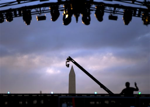 Honoring Vets in a free concert on the Mall