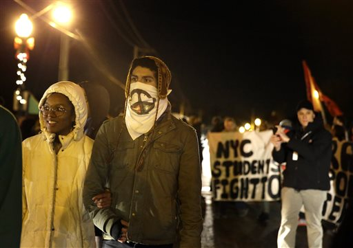 Protests, disruptions return in Ferguson