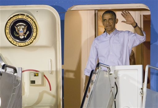 Obama hoping for quiet vacation after tough year