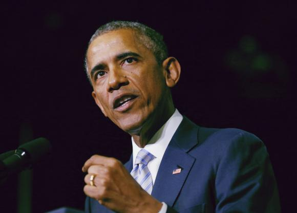 Obama takes aim at Internet security