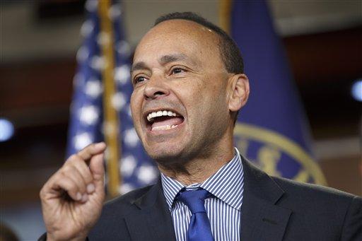 Republicans target Obama on immigration