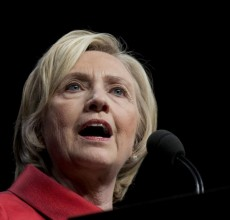 Clinton tries to focus on families, economy