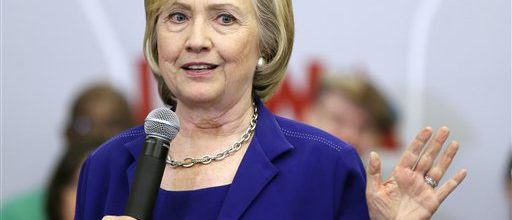 Clinton pushes middle class income boost