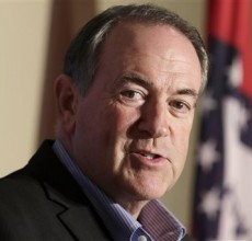 Huckabee heads to Kentucky to play politics