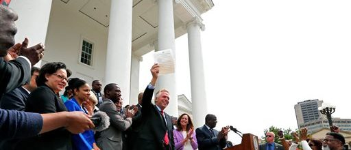 Virginia Gov. gives felons right to vote